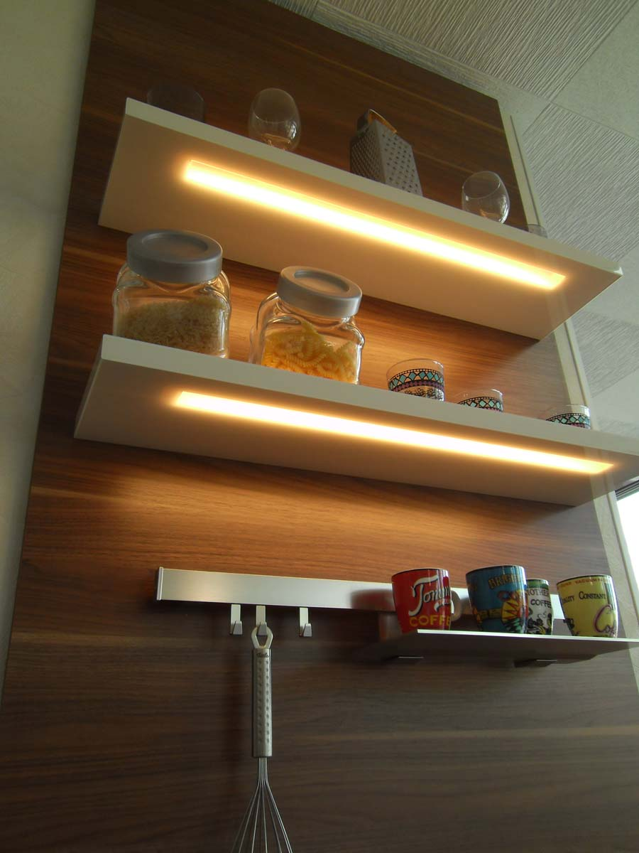 Küche 2 - LED Lichtborde