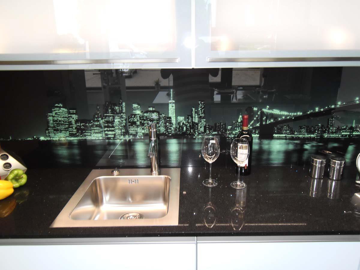 Küche 5 - Glasrückwand mit LED Farbwechsel-Beleuchtung 3/3