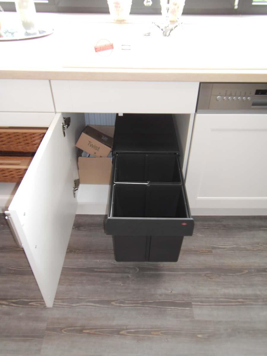 Küche 7 - Abfalltrennsystem